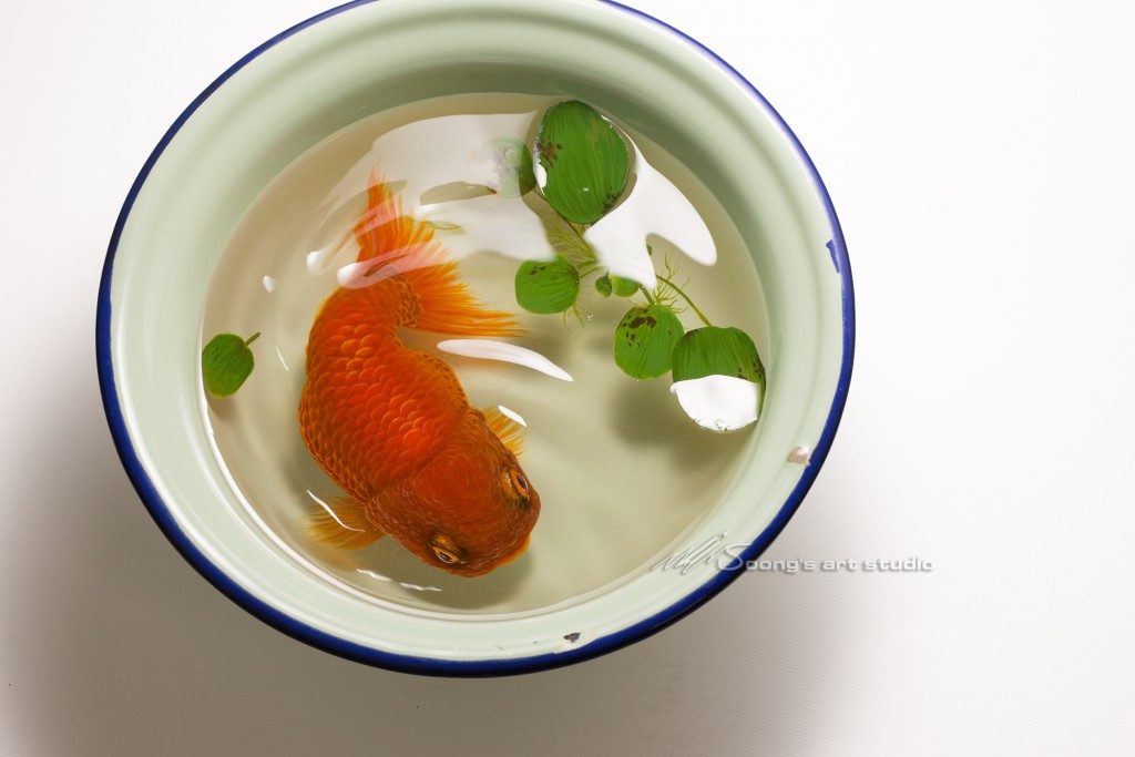 Tang Ciwan goldfish (Acrylic on Resin)