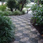 garden-pebble-stone-paths-10