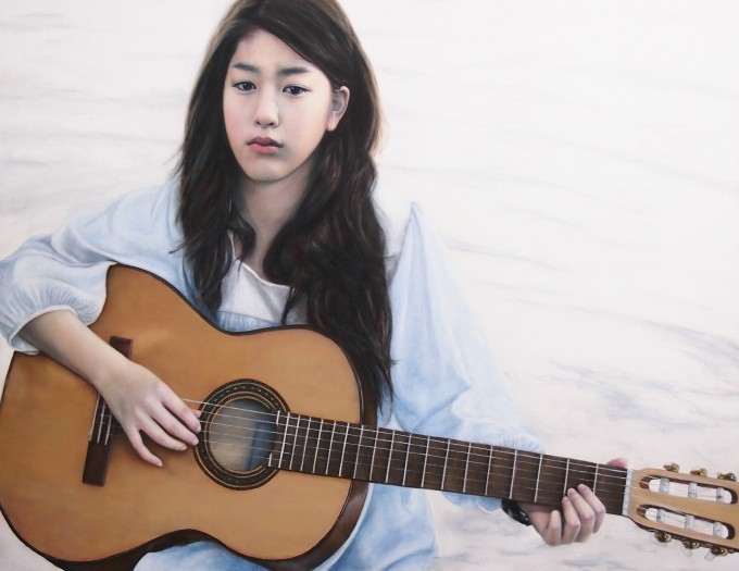Girl plays guitar (70 x 9o cm, oil on Linen)