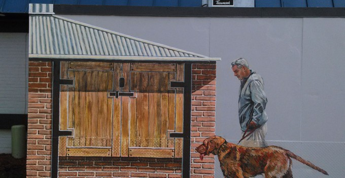 finale's grill and smokehouse, 3d illusion, window mural, trompe l'oeil mural, free hand mural, dog portrait,