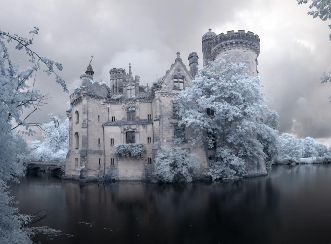 Chateau de la Mothe-Chandeniers 02