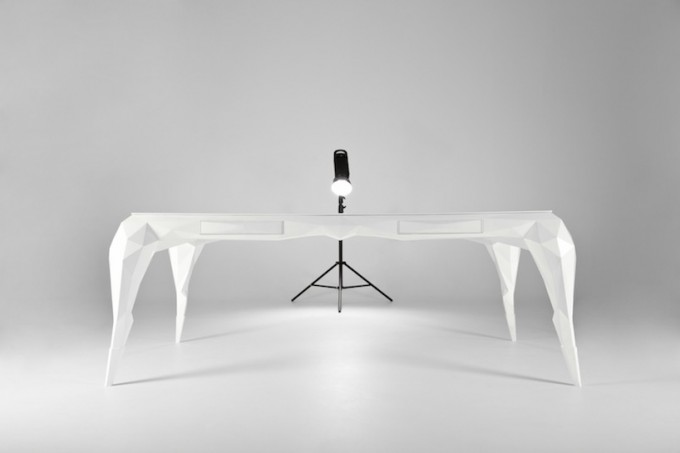 Jasser-Studio-Skin-Collection-White-Desk