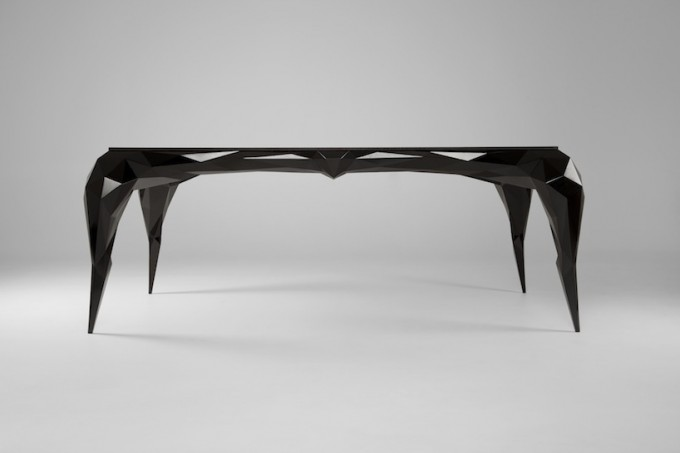 Jasser-Studio-Skin-Collection-black-Desk