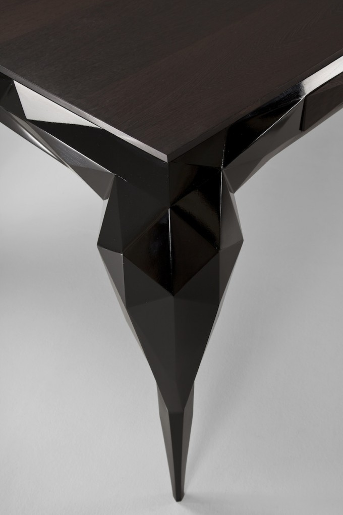 Jasser-Studio-Skin-Collection-black-desk-detail