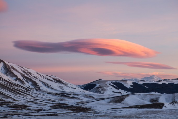 nubi-lenticolari--wave-clouds_16006142040_o