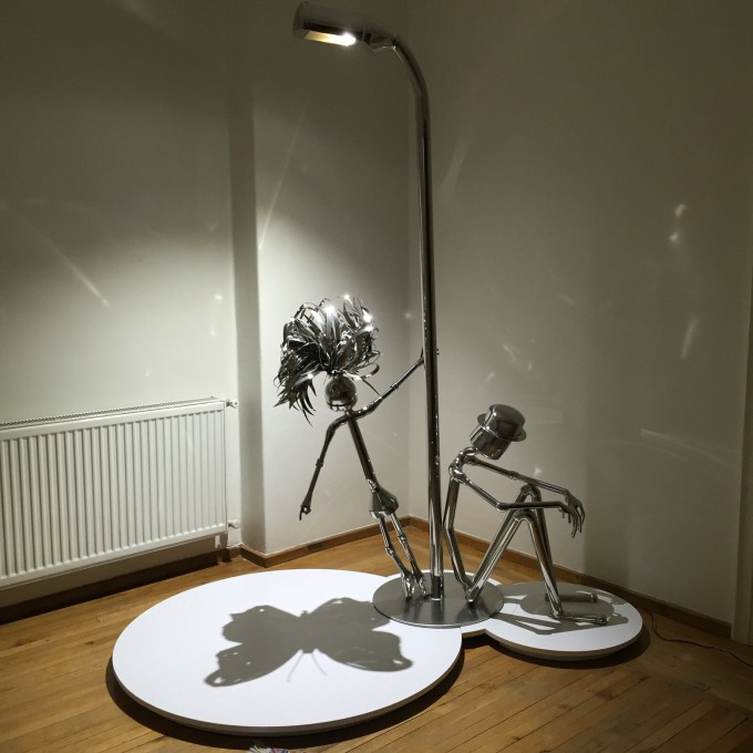 UNDER THE LIGHT,Sculptures Made From Stainless Steel Pipes by İskender Giray #artpeople