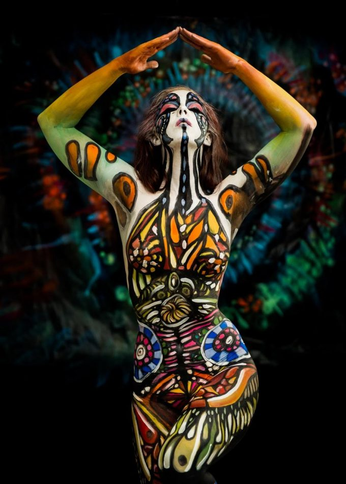 bodypainting by Vilija Vitkute for Hanna Turi music video Some| Kind Of Hell