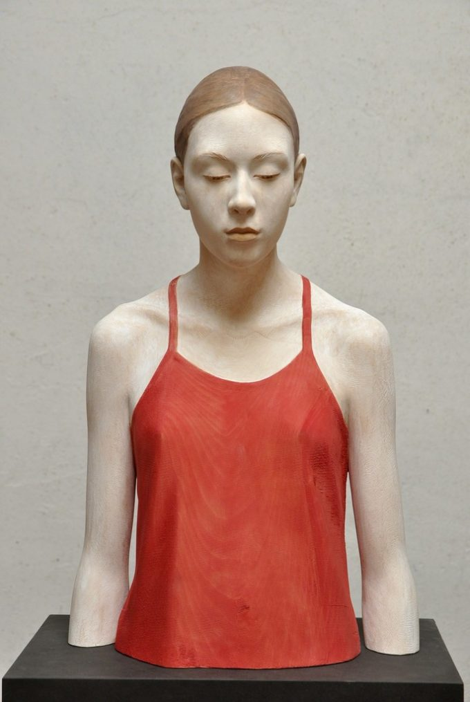 wood-sculpture-by-bruno-walpoth-5