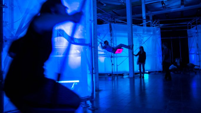 The lighting intensity of the installation varies depending on the oscillation of the swings