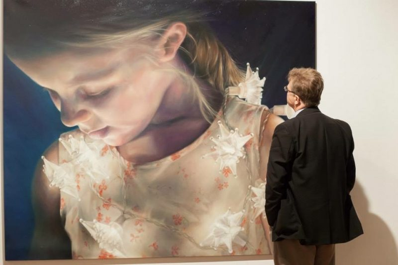 The innocence of childhood in the paintings and murals of Julian Clavijo