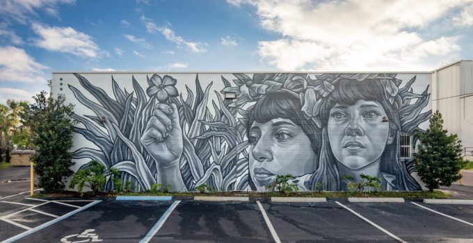 Murals in Shades of Grey by Paola Delfín.