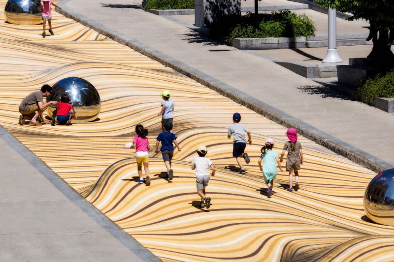 Montreal Museum of Fine Arts, sandy drifts swell and surge in a massive mural by the Canadian architecture firm NÓS.